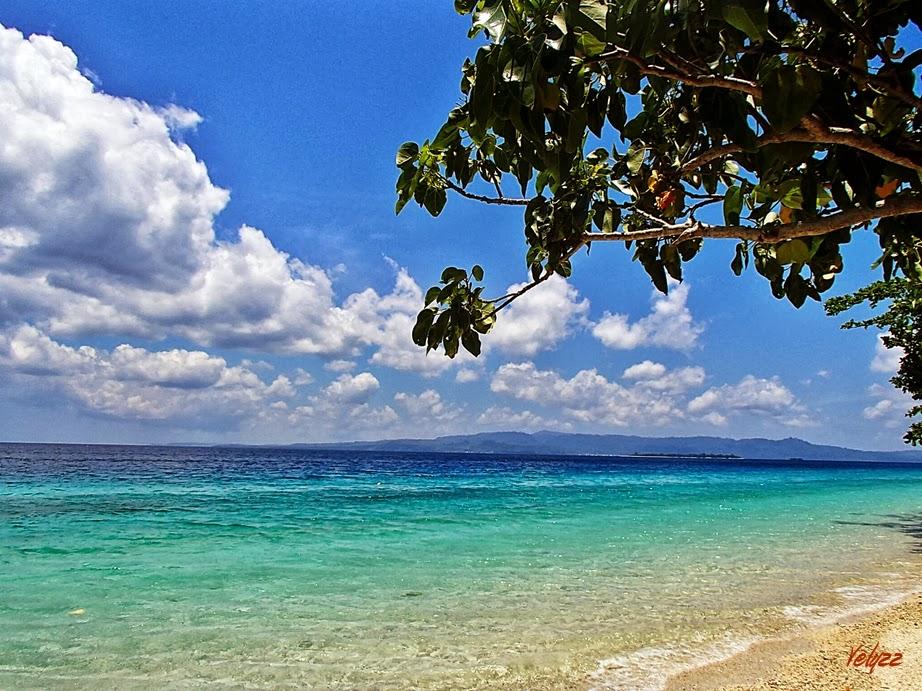 hunimua beach ambon travel blog