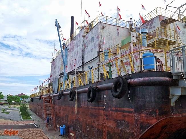 PLTD apung ship aceh