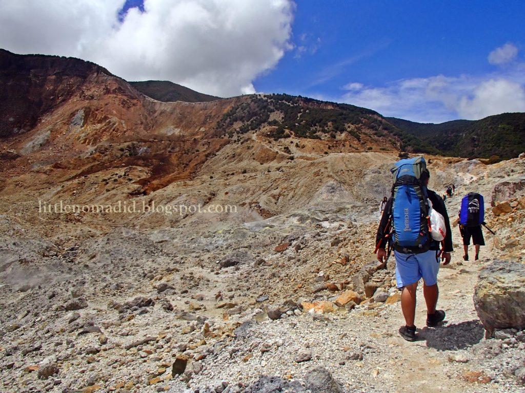 Trekking Mount Papandayan