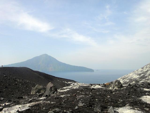 Volcano in Indonesia: Gunung Anak Krakatau
