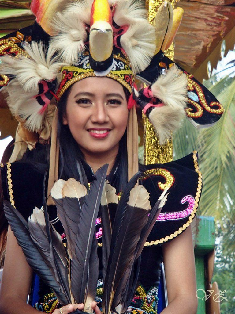dayak woman equatorial carnaval