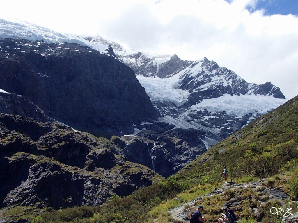 rob roys glacier road trip new zealand south island
