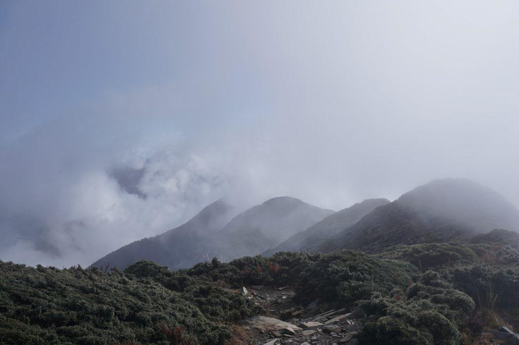 view hiking snow mountain taiwan